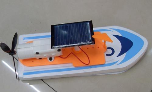 Solar powered boat toy